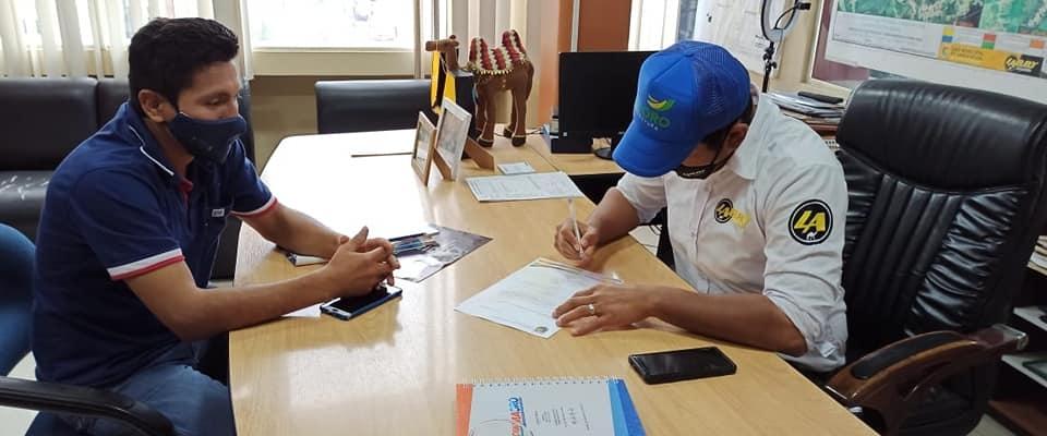 ALCALDE HIZO SU RESPECTIVA INSPECCION EN REALIZAR EL PROYECTO ASFALTADO EN LAS DIFERENTES CALLES DE LA PARROQUIA.